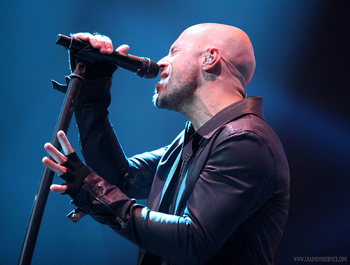 Daughtry Performs in Florida